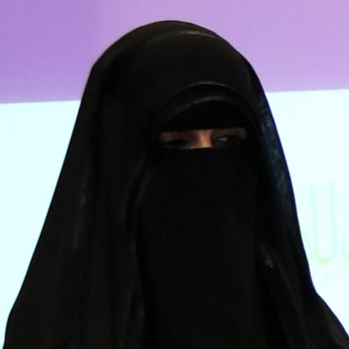 آمنة سالم الشامسي، الفائزة بالمركز الثالث، مدرسة شيخة بنت سرور، العين